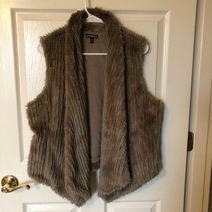 Express Fur vest